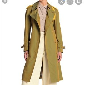 ❤️ Burberry Trench Coat❤️